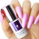 Lady_Saffron_nails